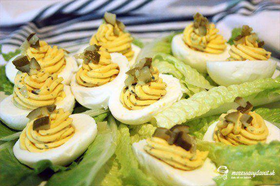 Plnené vajíčka