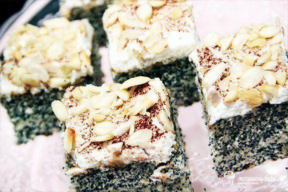 Makovo-vanilkový koláč s mandľami