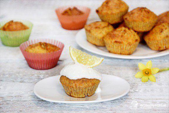 Mrkvové muffiny s hnedým makom