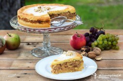 Jablkovo-orechové pité