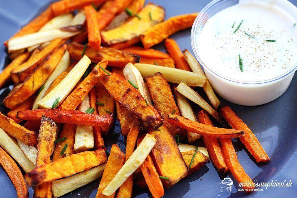 Zeleninové hranolčeky s bryndzovým dipom