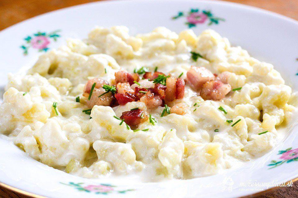 Cuketovo-zemiakové halušky s bryndzou