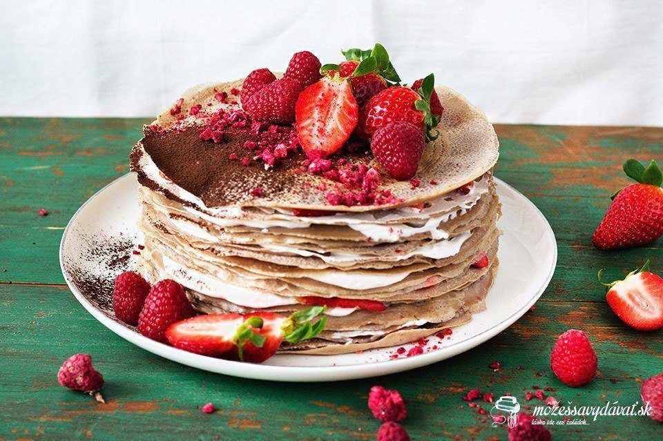 Torta z gaštanových palaciniek