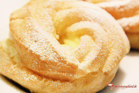 Venčeky s vanilkovým krémom