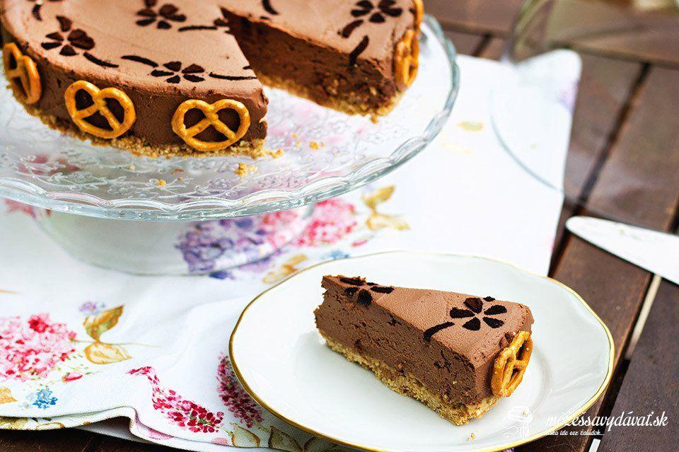 Nepečený sladko-slaný čokoládový cheesecake