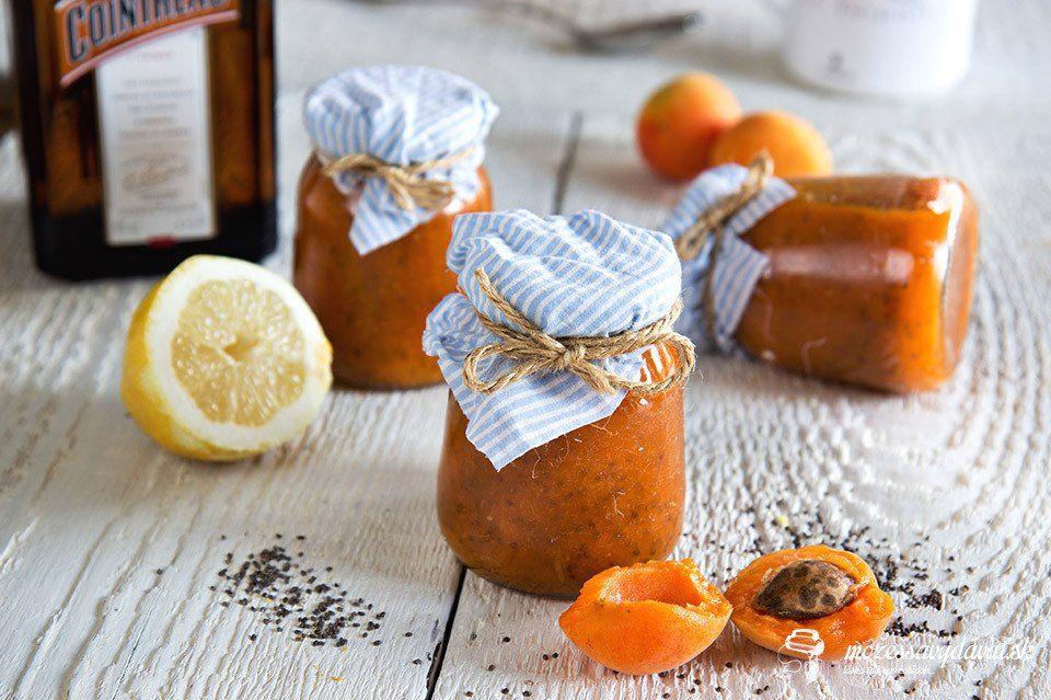 Marhuľový chia džem s pomarančovým likérom