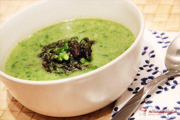 Zelená špargľová polievka