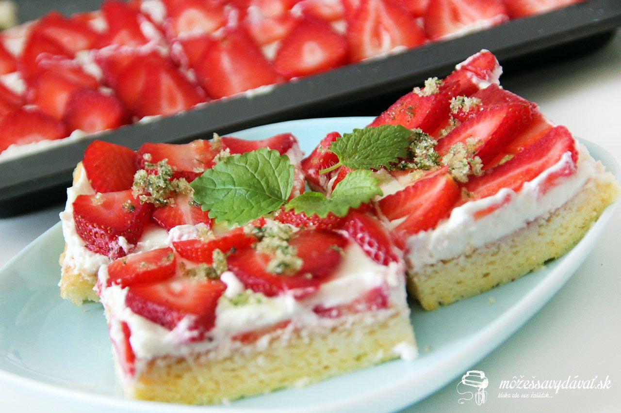 Letný jahodový koláč