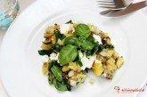 Restované zemiaky so špenátom a šošovicou