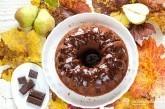 Jemná čokoládová bábovka s perníkovou hruškou